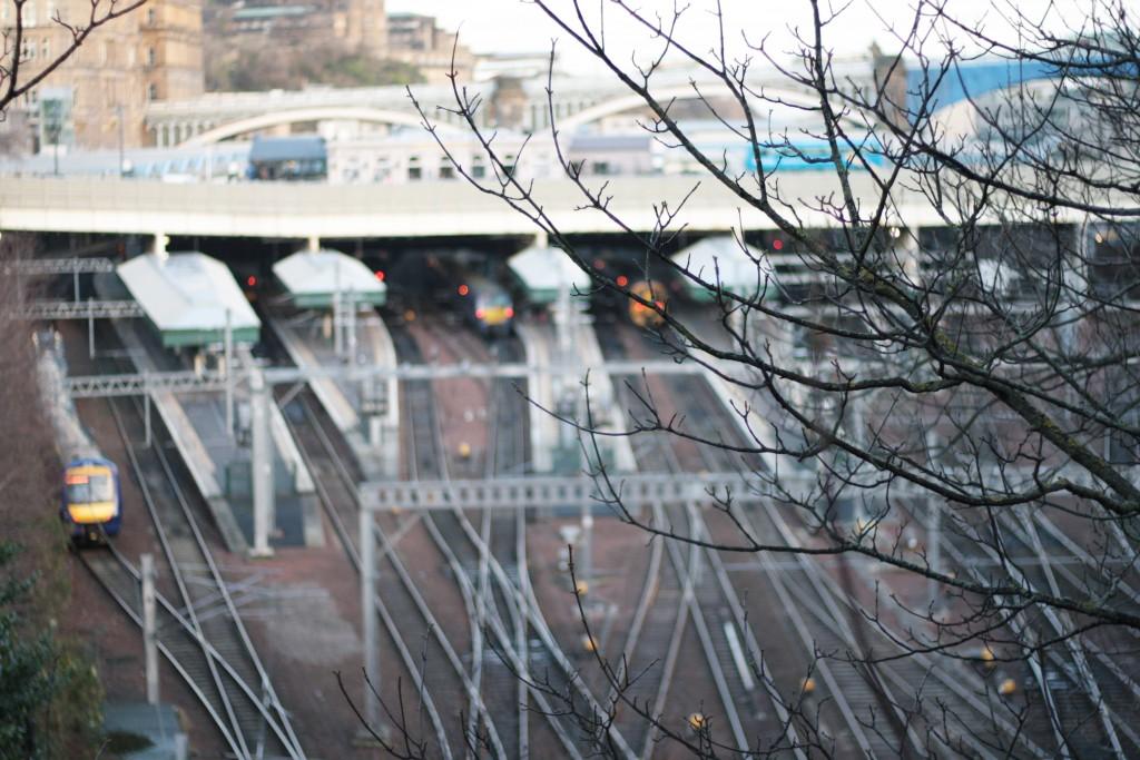 trainstation edinburgh